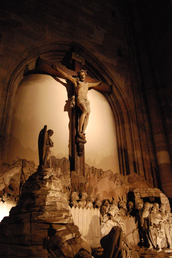 Christ_in_the_garden_of_Gethsemani_and_Christ_on_the_cross_inside_Strasbourg_Cathedral